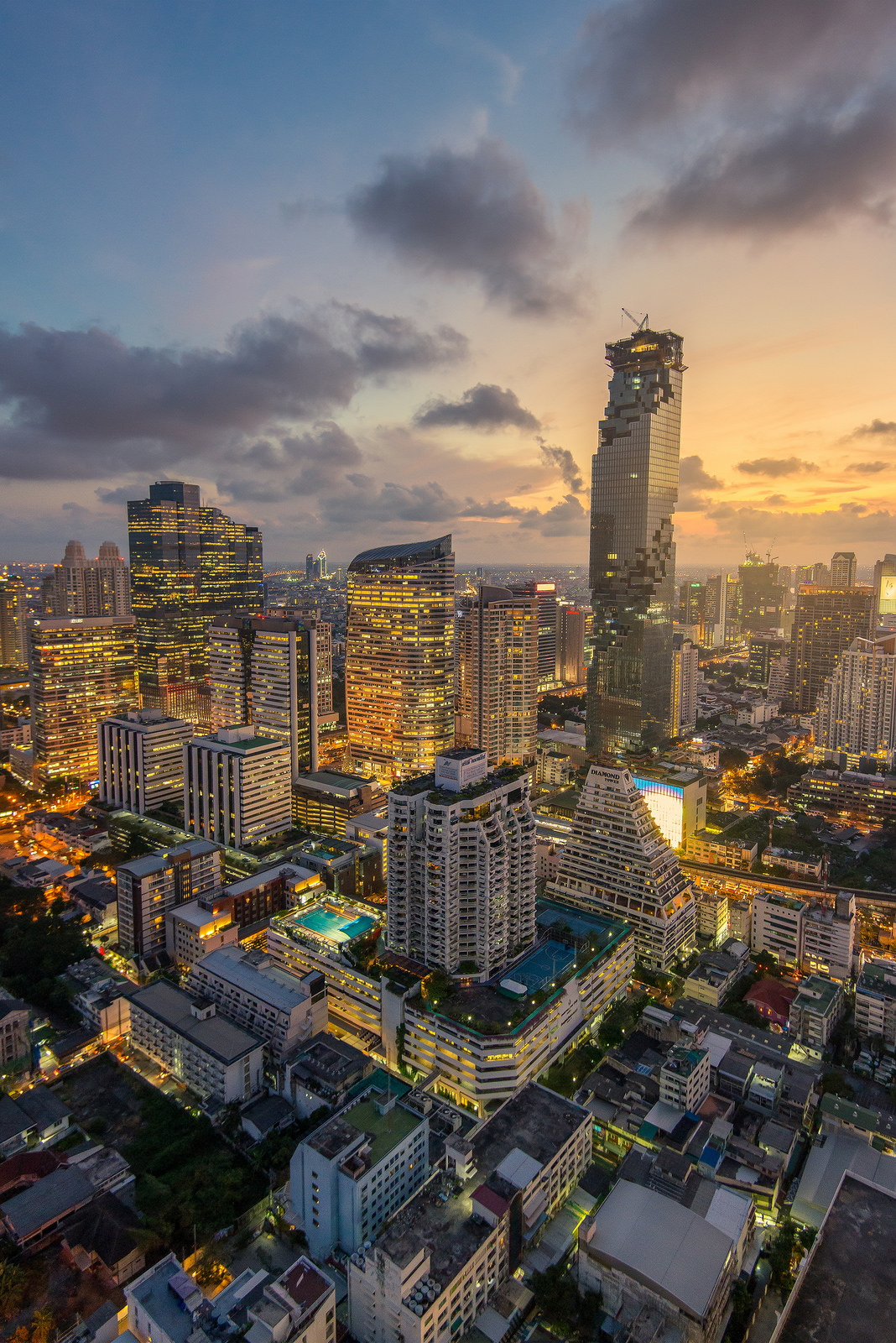 Bangkok Among Asias Top 10 Most Expensive Locations For