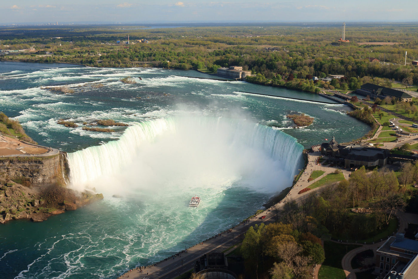 niagara falls views from the skylon tower skyrisecities the horseshoe falls from the skylon tower image by flickr user alexis lewis via creative commons