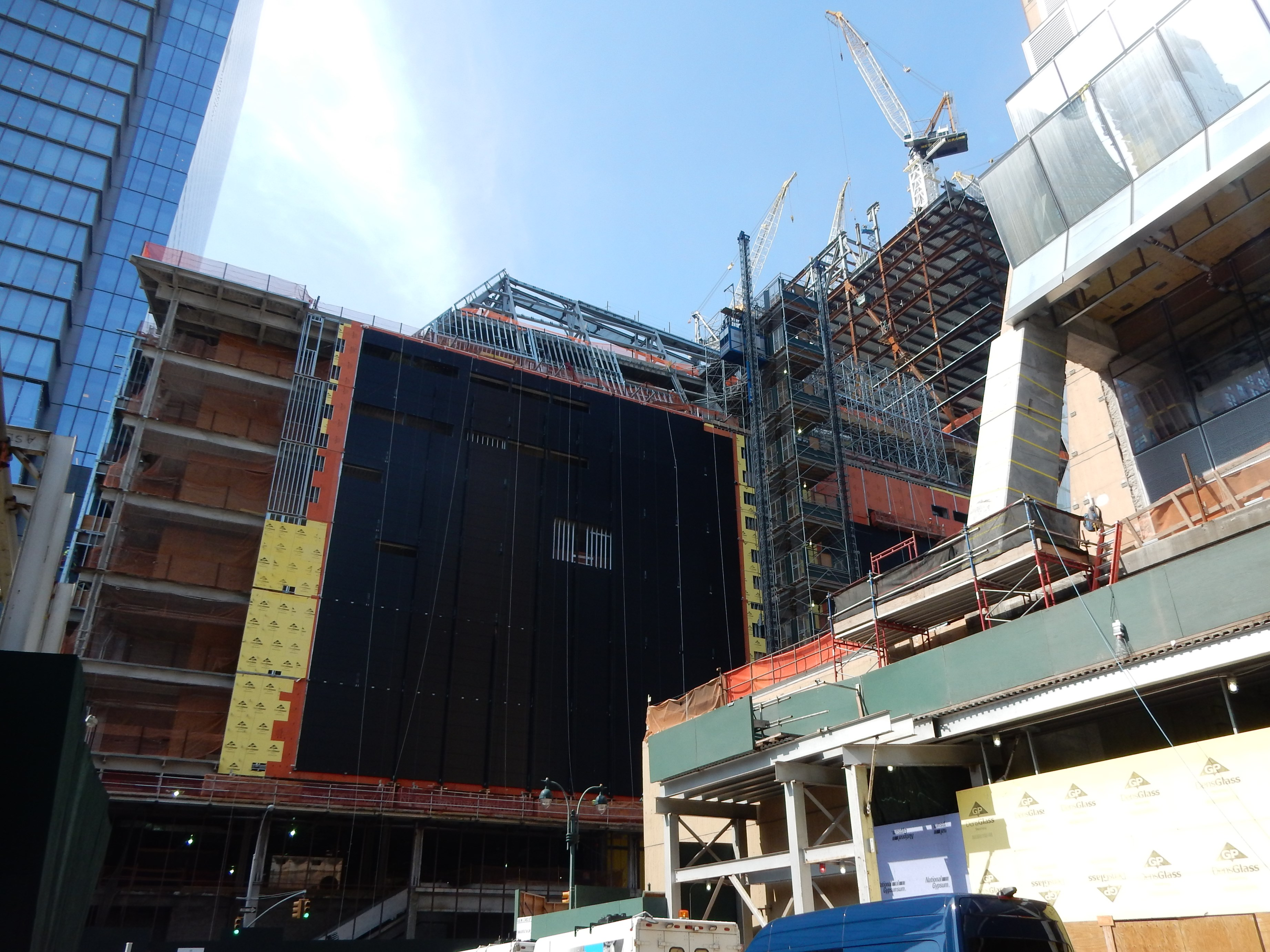 New York | The Shops at Hudson Yards | ?m | 7s | Oxford
