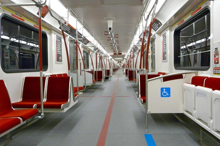 Doors Open to Reveal the TTC's New Toronto Rocket to the Public | UrbanToronto
