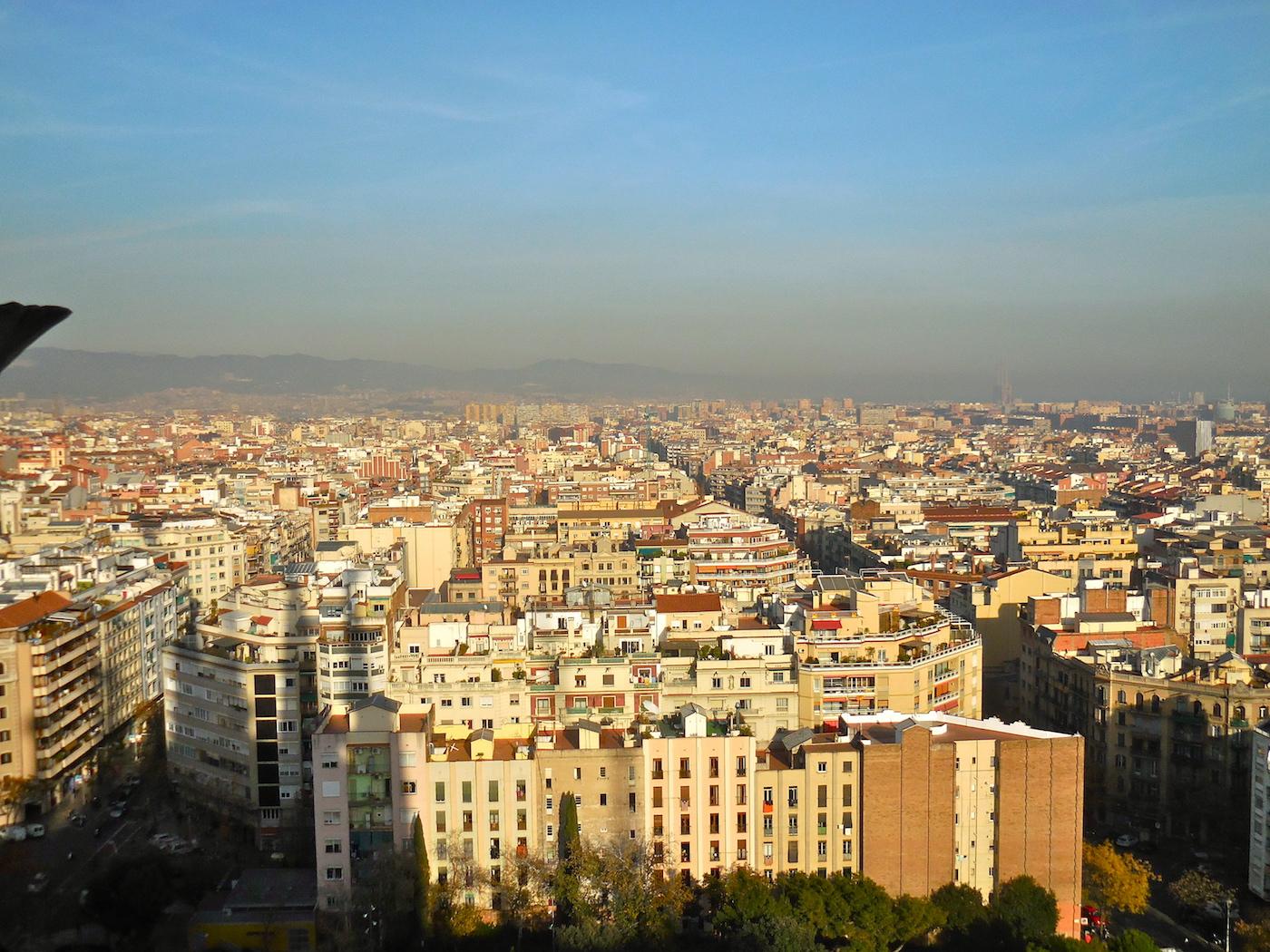 Touring Barcelona's Sagrada Familia | SkyriseCities