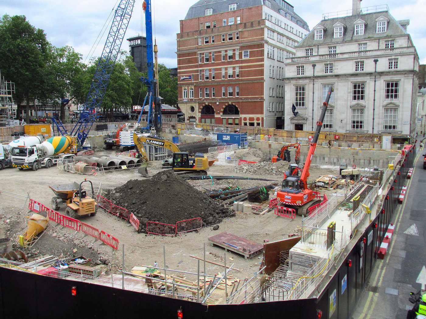 Digging Begins At Leicester Square Hotel Site Skyrisecities