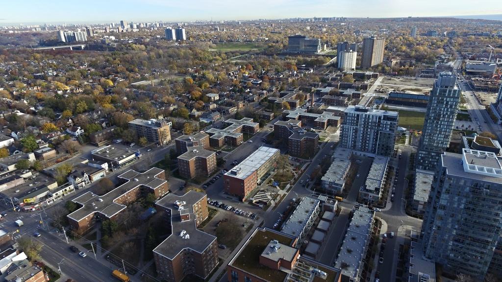 Regent Park: New Plans Reveal Mix of Uses at Dundas & Sumach