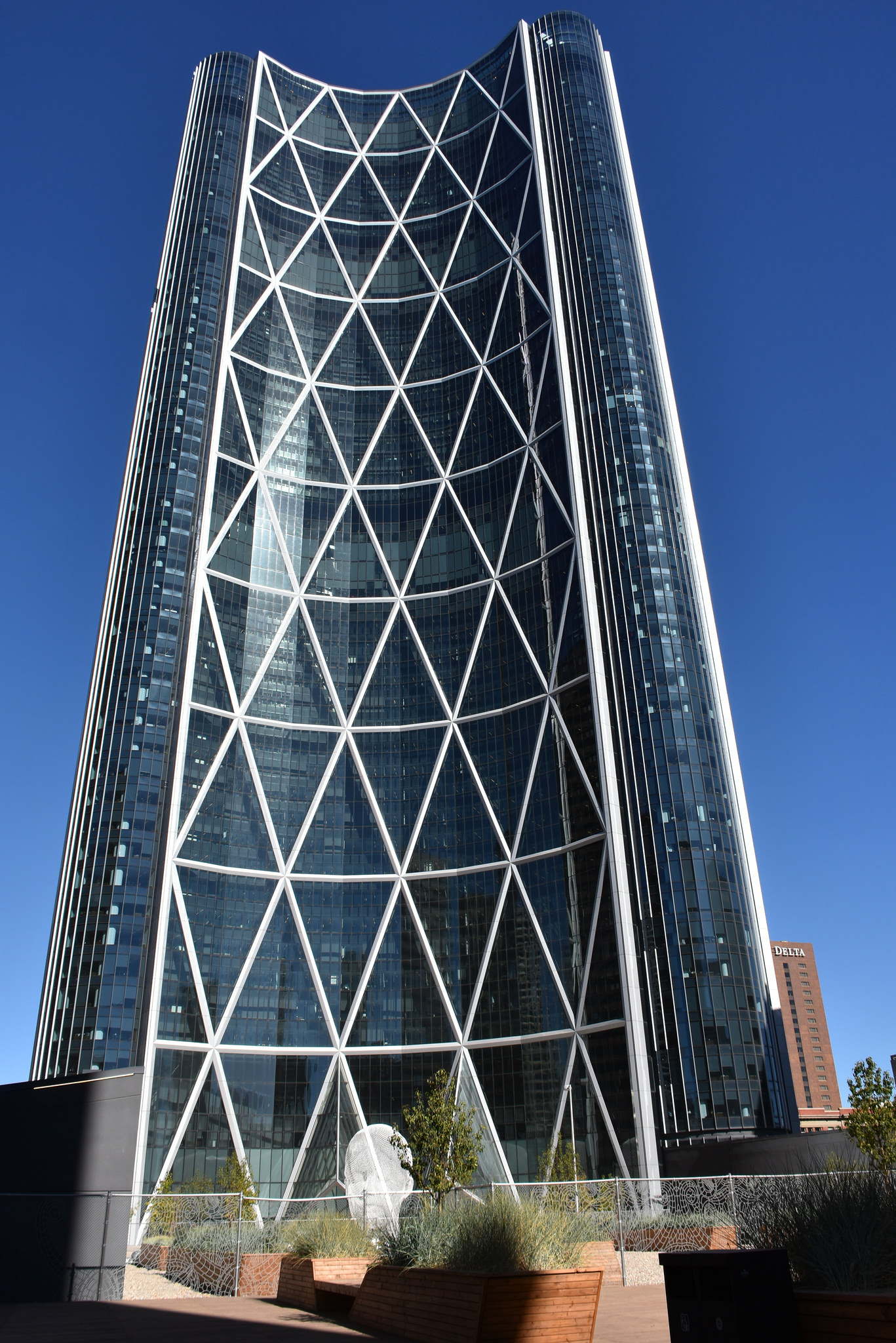 Why Some Buildings Use Diagrid Structural Framework