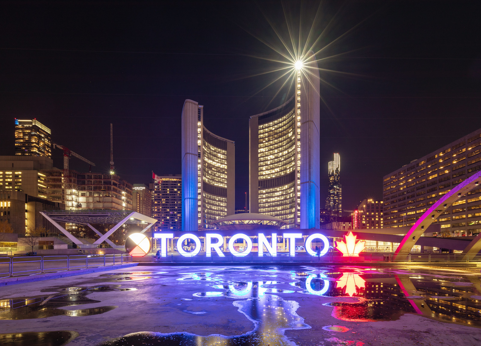Throwback Thursday, Toronto, City Hall, Nathan Phillips Square
