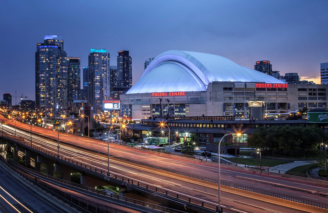 Rogers Centre, sponsored post, Playcasinos, Toronto