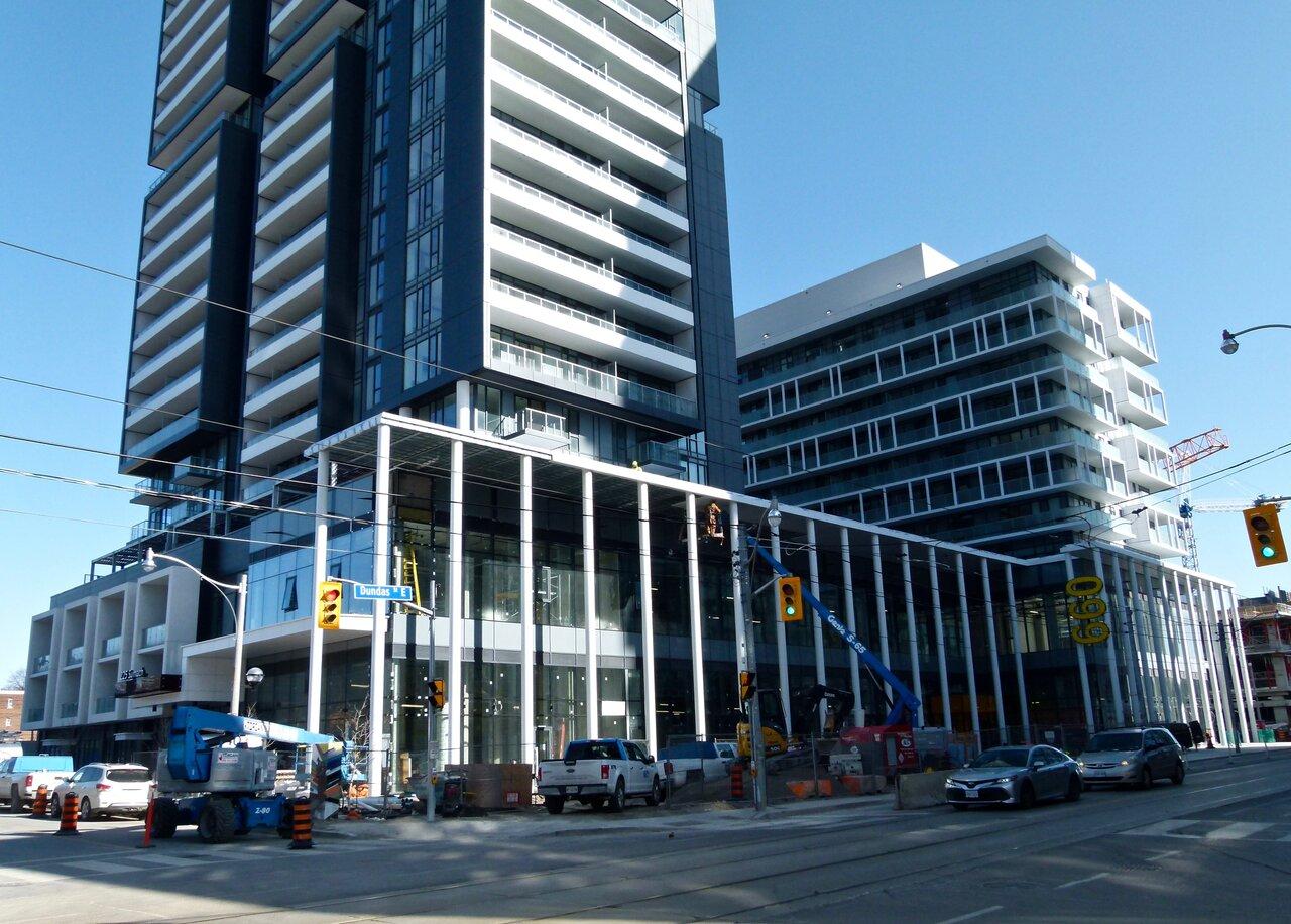Throwback Thursday, Regent Park, Toronto, Daniels DuEast, Artworks Tower