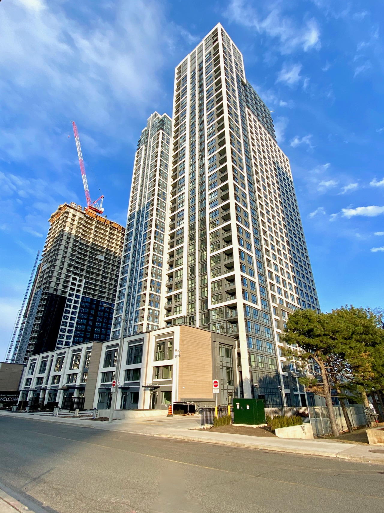Islington Terrace, Tridel, Bloorvista, Bloor Promenade, Kirkor Architects, Toronto