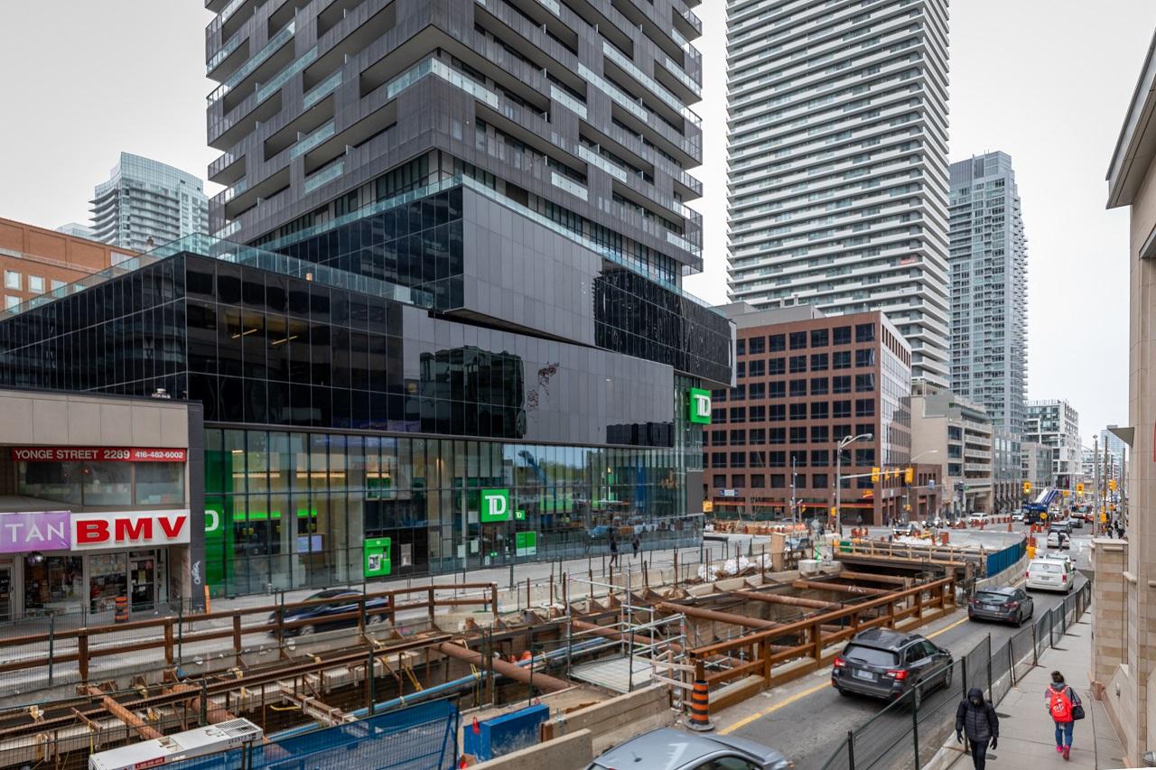 Throwback Thursday, Yonge and Eglinton, Toronto, E Condos, Crosstown LRT, 2221 Yonge