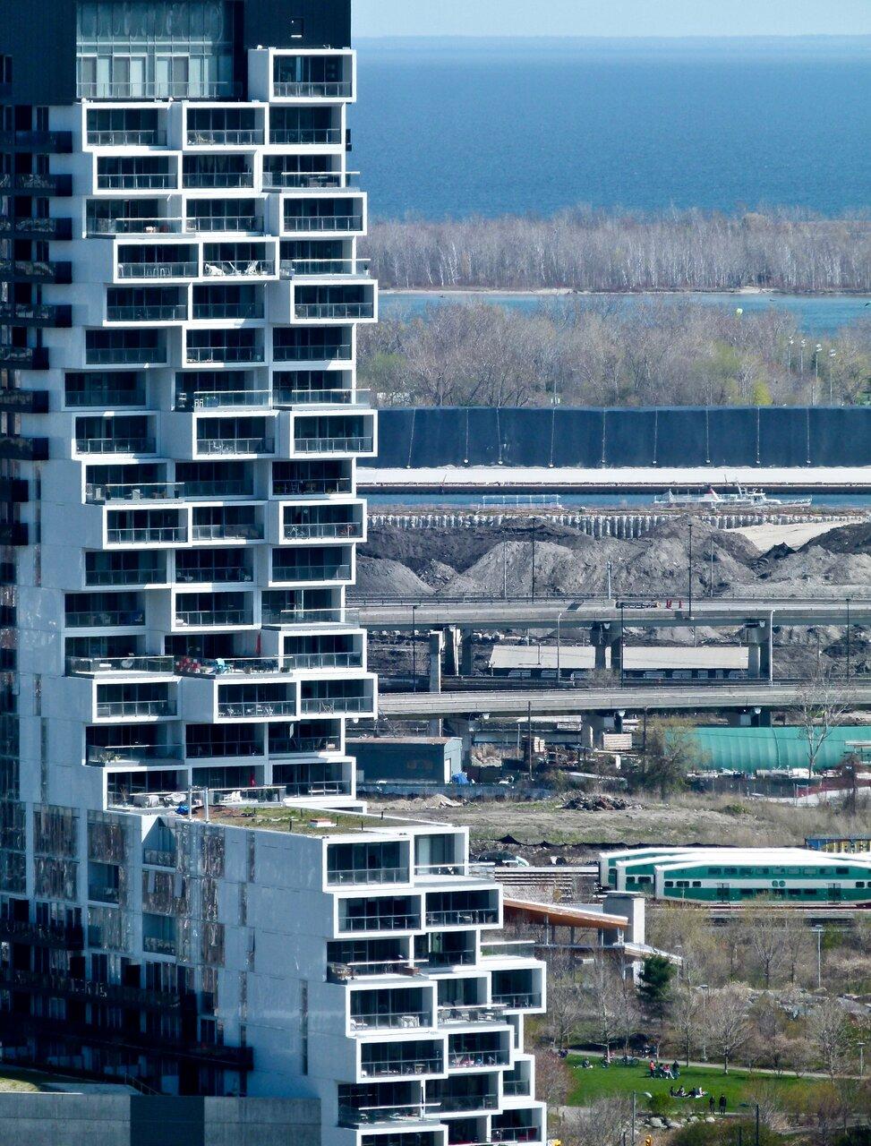 Daily Photo, River City Condos Phase 3, Toronto, Saucier + Perrotte Architects,ZAS