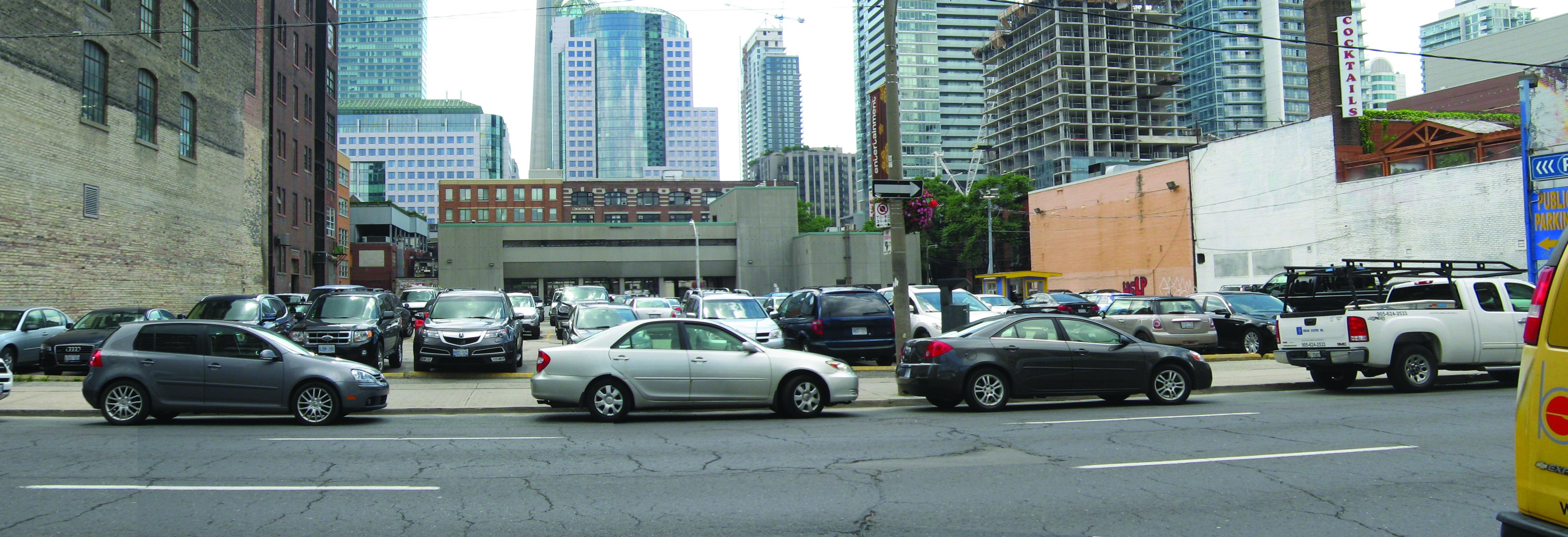 229 Richmond St W/260 Adelaide St W, Toronto. CentreCourt.
