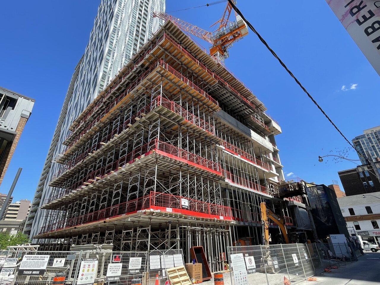 Eight Cumberland, Great Gulf, Phantom, Toronto, architects—Alliance