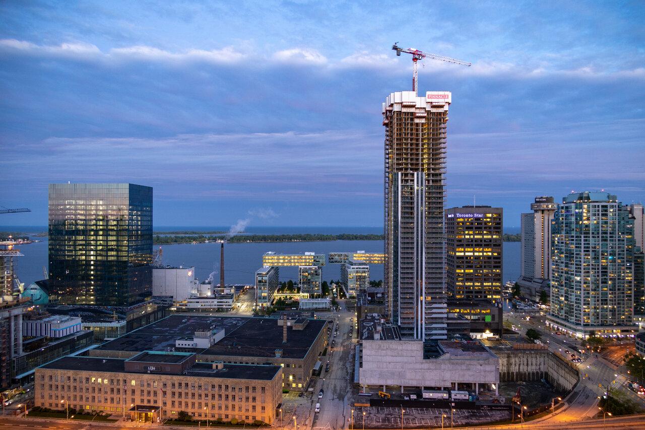 Daily Photo, Toronto, skyline, Downtown, East Bayfront, Pinnacle One Yonge